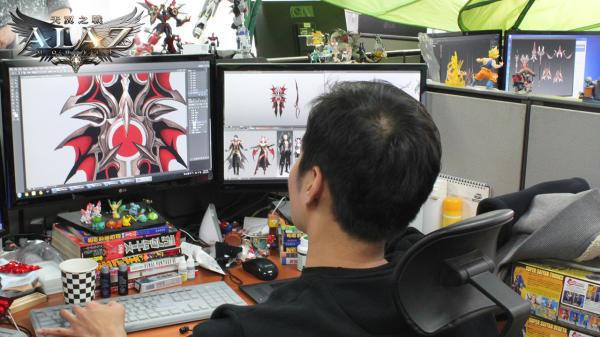 圖6-美術人員針對每一位英雄角色設計裝備外型毫不馬虎